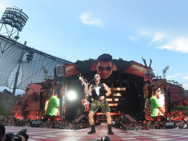 Andreas Gabalier live im Olympiastadion, Foto: picture alliance / dpa