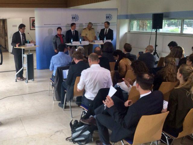 Pressekonferenz im LKA zur Messerattacke von Grafing, Foto: Eric Deyerler
