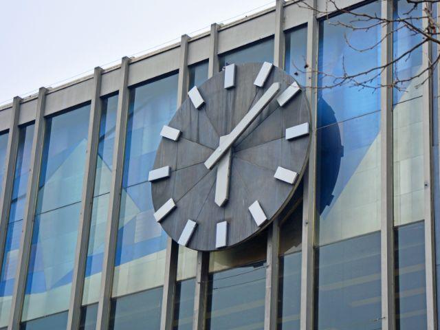 Uhr am Münchner Hauptbahnhof, Foto: Michael Hofmann / muenchen.de