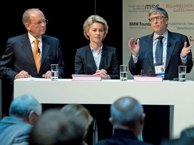 Sicherheitskonferenz 2017: Wolfgang Ischinger, Ursula von der Leyen, Bill Gates, Foto: picture alliance / Sven Hoppe / dpa