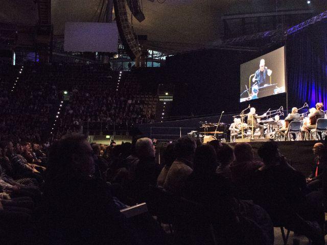 Ennio Morricone bei seinem Auftritt in der Olympiahalle, Foto: muenchen.de/Rico Güttich
