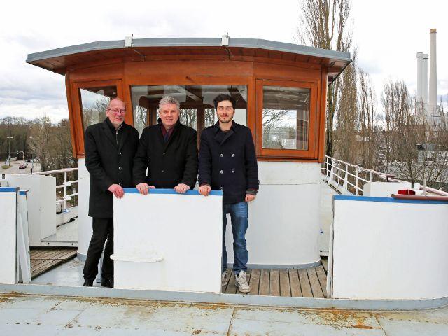 OB Dieter Reiter, Kulturreferent Dr. Hans-Georg Küppers und Betreiber Daniel Hahn auf der MS Utting, Foto: LHM / Michael Nagy