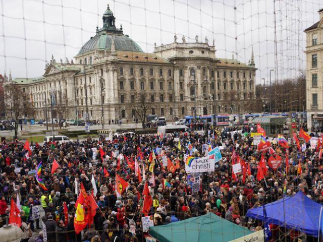 Demonstration gegen Sicherheitskonferenz, Foto: muenchen.de/Dan Vauelle
