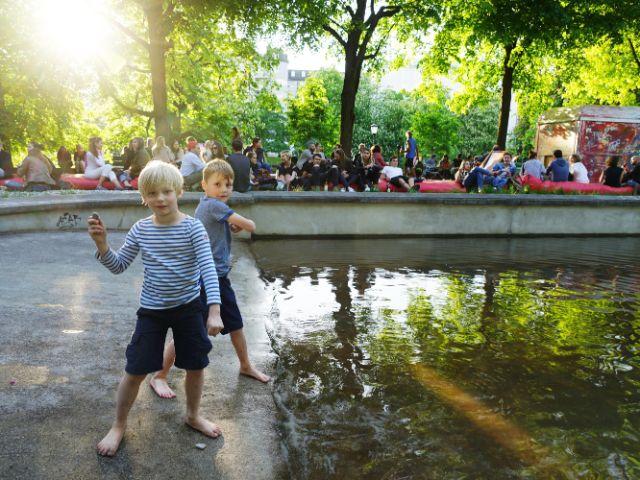 Kinder spielen beim Kulturstrand, Foto: muenchen.de/ Vauelle