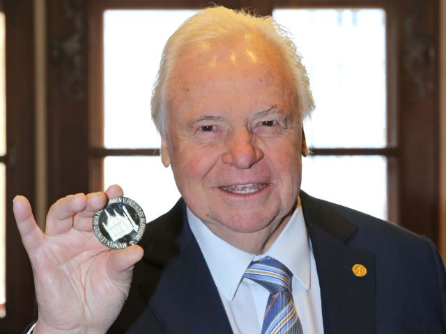 """Verleihung der Medaille """"München leuchtet"""" an Eckart Witzigmann., Foto: Michael Nagy/Presseamt München"""