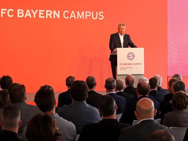 OB Dieter Reiter bei der Eröffnung des FC Bayern Campus an der Ingolstädter Straße, Foto: Michael Nagy/Presseamt München