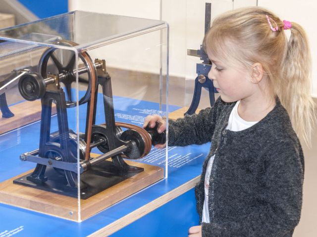 Mechanik zum Anfassen im Kinderreich des Deutschen Museums
