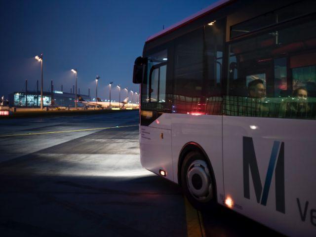 Lichterfahrt auf dem Flughafengelände, Foto: Flughafen Besucherpark