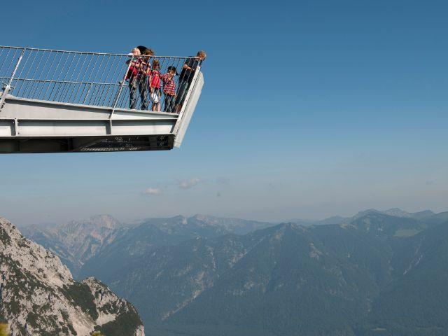 Die Region Wettersteingebirge um Garmisch-Partenkirchen, Foto: Bayerische Zugspitzbahn Bergbahn AG
