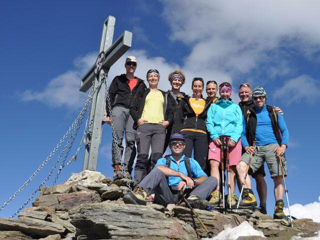 Gruppe des DAV am Gipfelkreuz