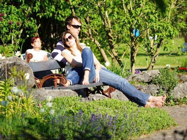 Relaxen im Rosengarten.