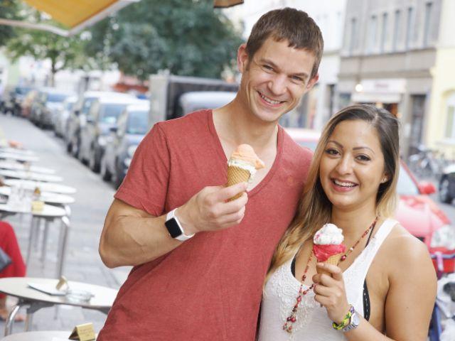 Markus und Desiree beim Eis essen, Foto: Dan Vauelle