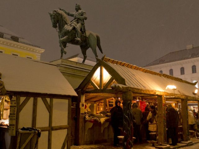 Mittelaltermarkt auf dem Wittelsbacherplatz, Foto: Katy Spichal