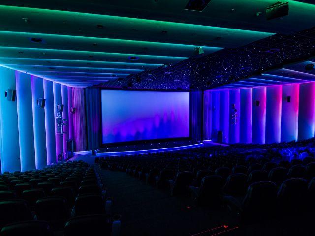 Der hochmoderne Kinosaal (m)K6 im Mathäser, Foto: Mathäser