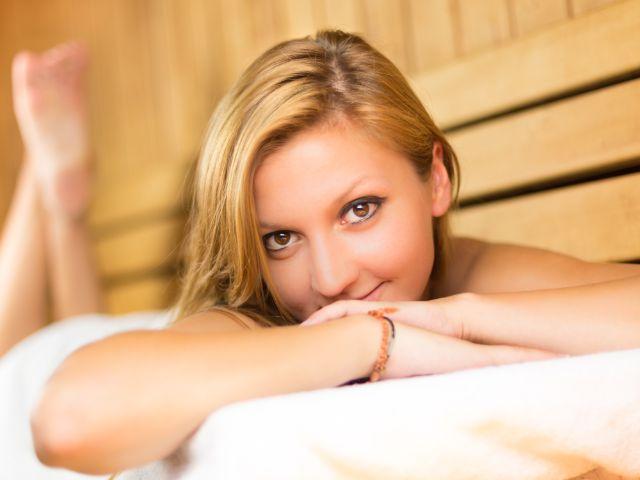 Massagen in München, Foto: Matej Kastelic / Shutterstock.com