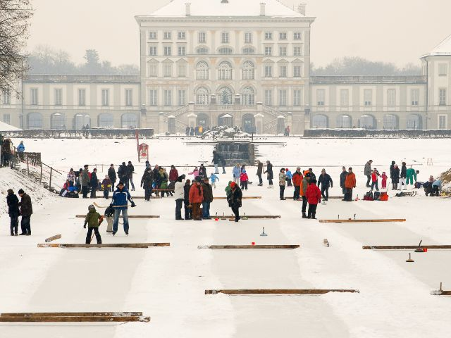 Der Schlosskanal im Winter