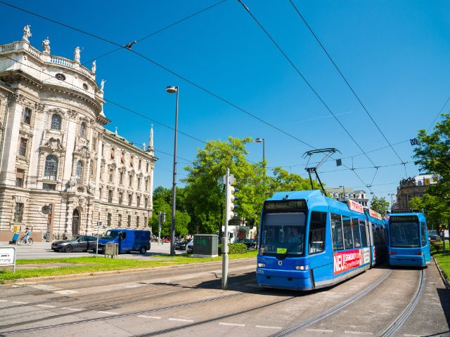 Tram am Stachus