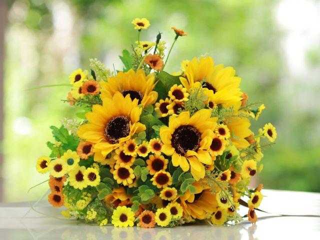 Blumenstrauß Sonnenblumen, Foto: KAMONRAT / Shutterstock