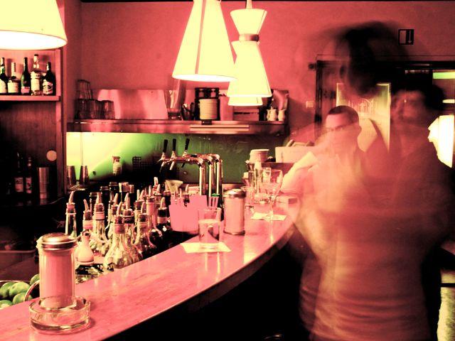 Die Bar im Café Glockenspiel in München, Foto: Café Glockenspiel