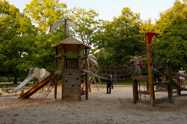 Ein Spielplatz im Hirschgarten. , Foto: Katy Spichal