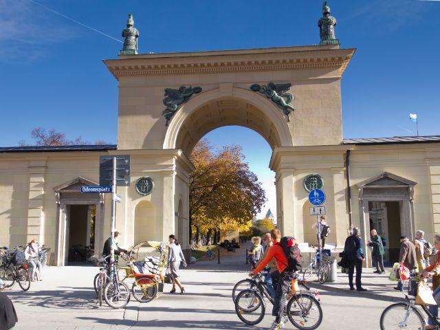 Plätze in München, Foto: Katy Spichal