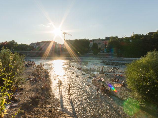 Abendstimmung an der Isar zwischen Reichenbachbrücke und Flaucher, Foto: Christian Scheiffele