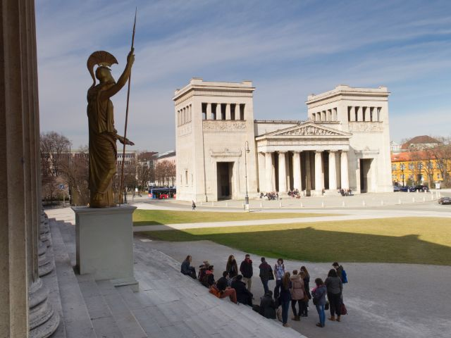 Der Königsplatz aus Sicht der Staatlichen Antikensammlungen, Foto: Katy Spichal