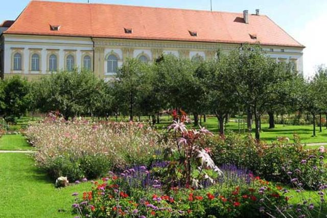 Schloss Dachau Garten, Foto: Rufus46