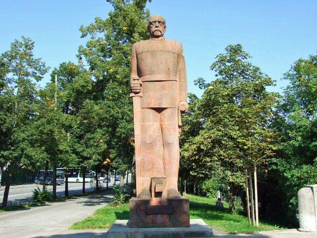 Denkmal von Bismarck an der Boschstraße, Foto: muenchen.de