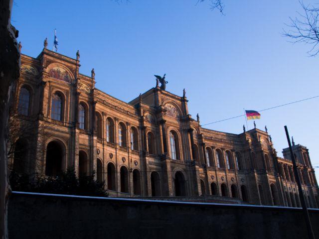 Maximilianeum im Winter , Foto: Lukas Fleischmann