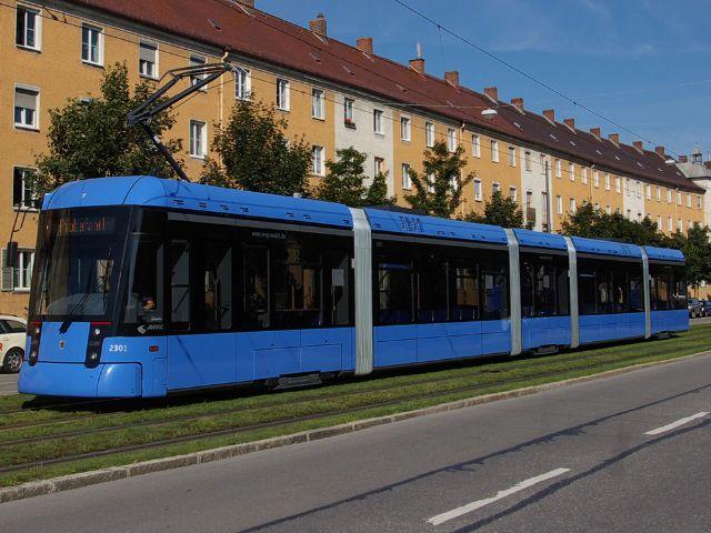 Die Trambahn fährt durch München., Foto: Wolfgang Wellige, MVG