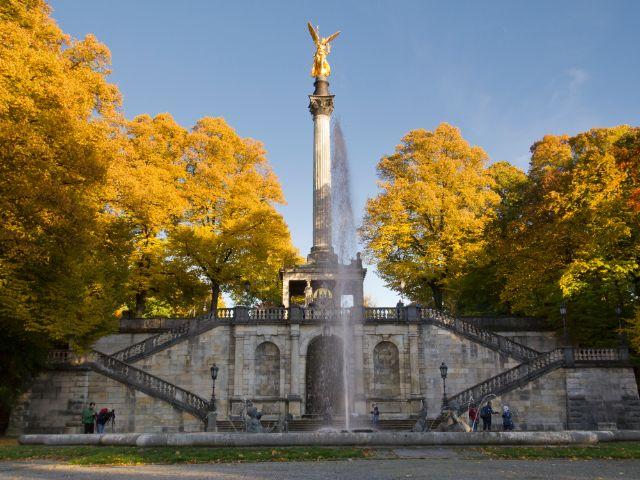 Herbst am Friedensengel