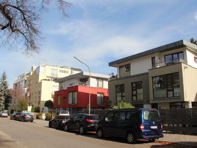 Moderne Häuser in Freimann