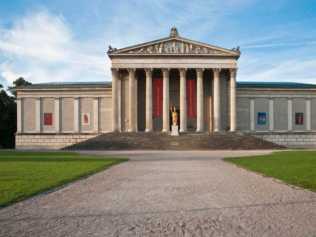 Staatliche Antikensammlungen auf dem Königsplatz in München, Foto: Staatliche Antikensammlungen und Glyptothek München, Foto: Renate Kühling