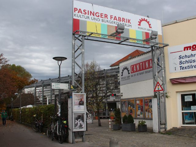 Eingang Pasinger fabrik