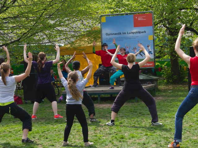 Luitpoldpark Gymnastik im Park, Foto: Katy Spichal