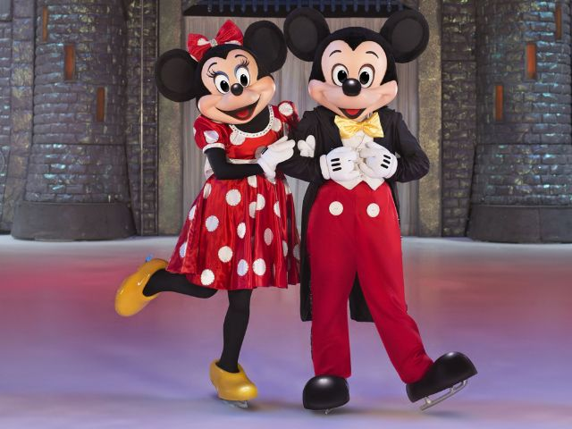 Micky und Minnie Mouse bei Disney on Ice