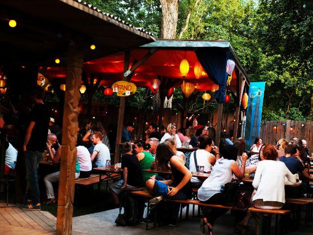 Lanternen-Bar auf dem Tollwood, Foto: Filippo Steven Ferrara