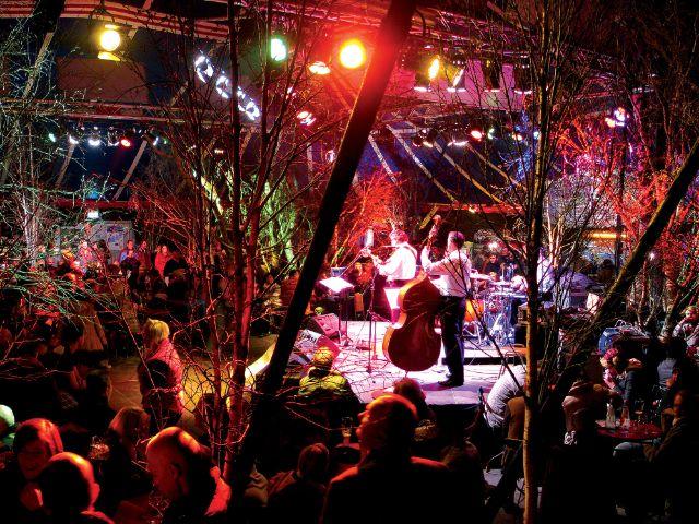 Die Tief im Wald Bar auf dem Wintertollwood, Foto: Andreas Behrschmidt
