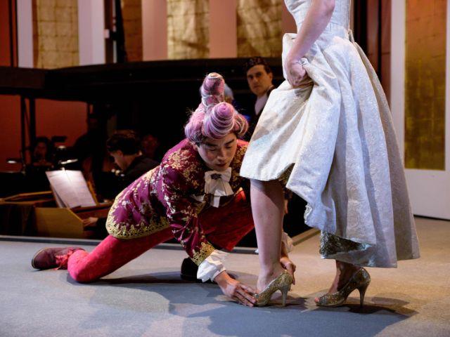 Szene aus La Cenerentola, Foto: Stefan Weber
