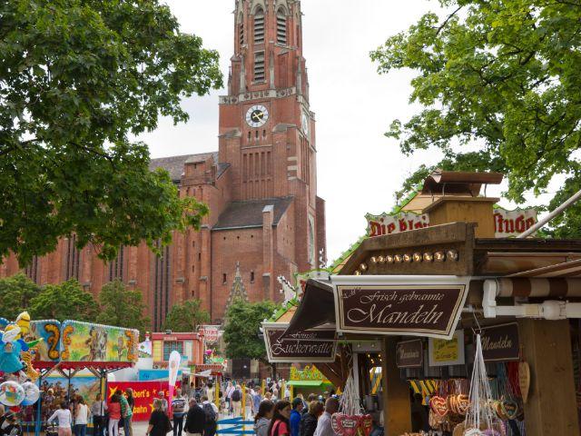 Auer Dult auf dem Mariahilfplatz, Foto: Katy Spichal