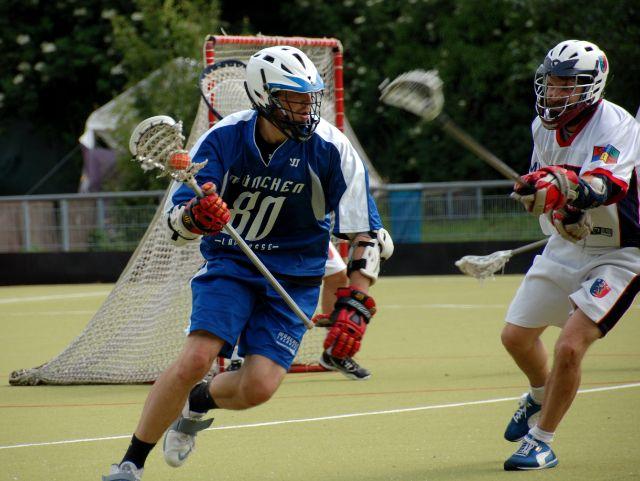 Spieler beim Lacrosse., Foto: HLC Rot Weiß München