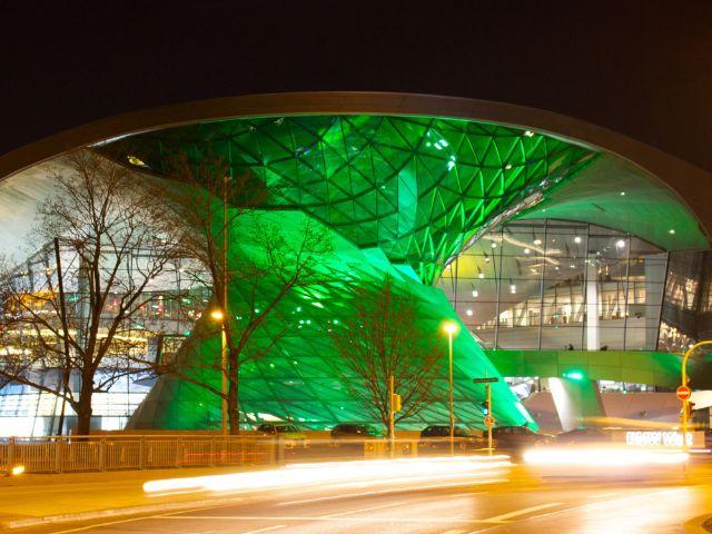 Greening BMW Welt, Foto: St. Patrick's Day München
