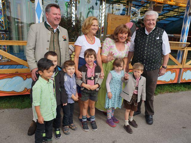 Karin Seehofer hat kranke Kinder auf die Wiesn eingeladen.