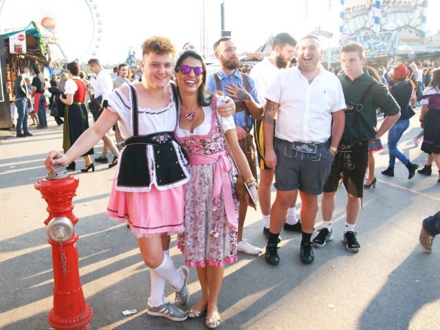 Junggesellenabschied auf der Wiesn, Foto: muenchen.de / Dan Vauelle