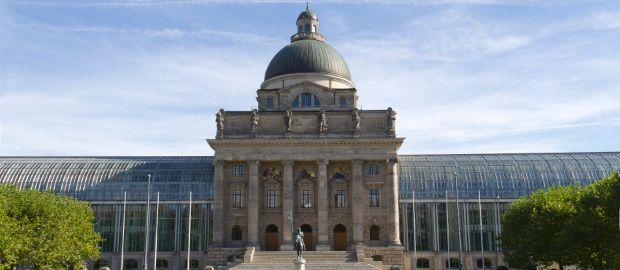 Bayerische Staatskanzlei im Hofgarten, Foto: Katy Spichal