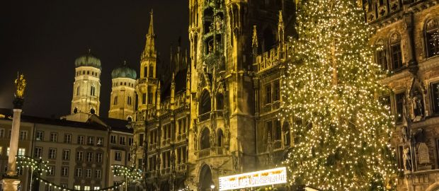 Christbaum in München auf dem Marienplatz