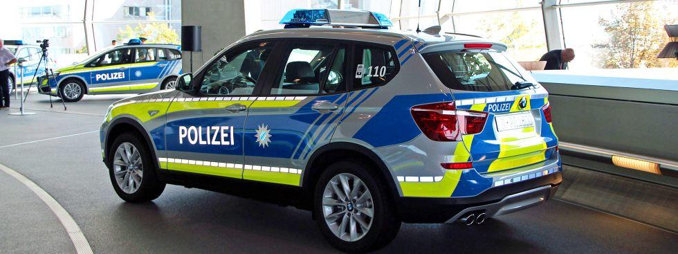 blaue einsatzfahrzeuge f r polizei in m nchen und bayern das offizielle stadtportal. Black Bedroom Furniture Sets. Home Design Ideas