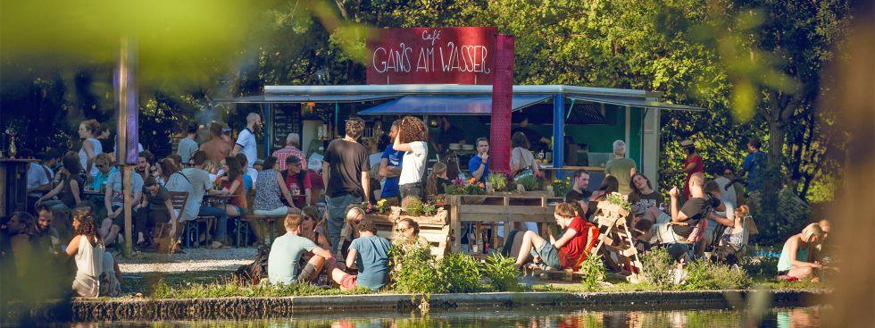 Cafe Gans Am See Westpark