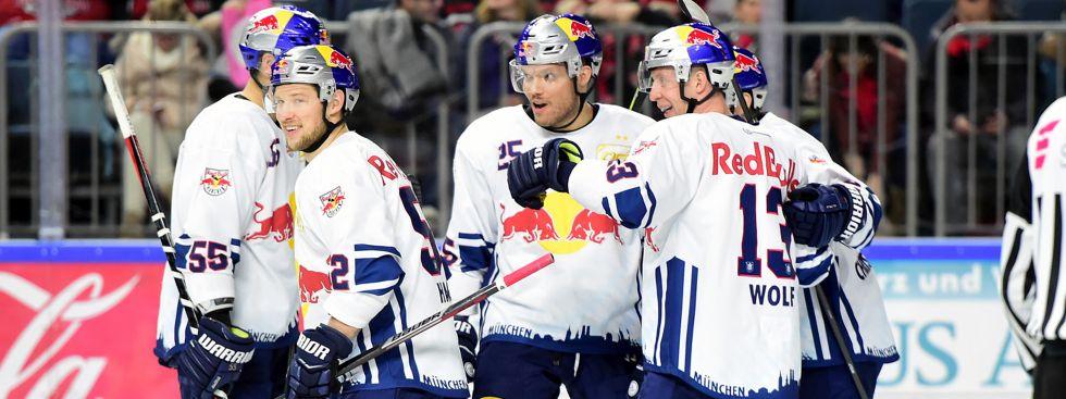 Jubel beim EHC im Spiel gegen den KEC., Foto: Red Bull / Gepa Pictures